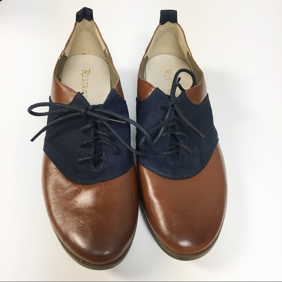 Restricted Shoes - Restricted Oxford Style Lace Up Flats